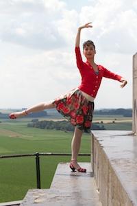 Ballet beauty above the battlefield