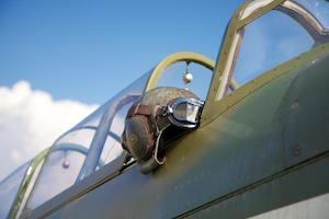 Helmet on a Yak-9