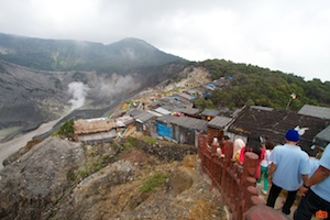 Shops along the lip of the upper crater of the Tangkuban Perahu volcano.